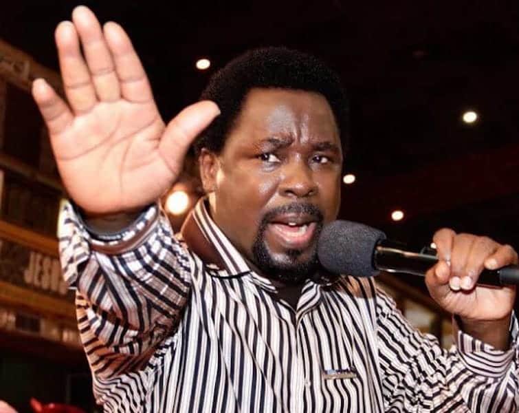 TB Joshua Returns From Prayer Mountain, 'Speaks' On 2021 (Video)