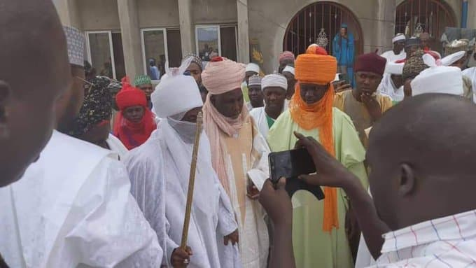 BREAKING: Dethroned Emir Sanusi Moves To Abuja From Nasarawa (Photos)