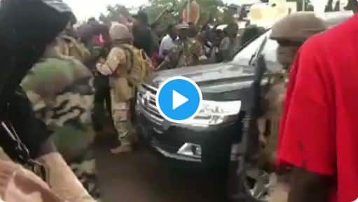 Watch Moment Soldiers Arrested Mali President (Video)