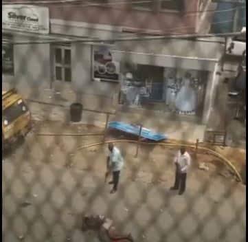 Watch As Police Officer Shoots Nigerian To Death After #LekkiMassacre (Video)