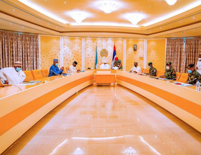 BREAKING: Buhari In Crucial Security Meeting With Service Chiefs