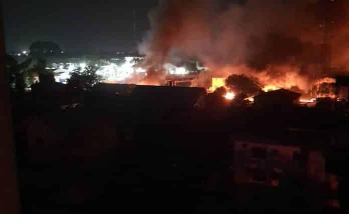 BREAKING: Gunmen Bomb Owerri Prison, Free Prisoners (Video)