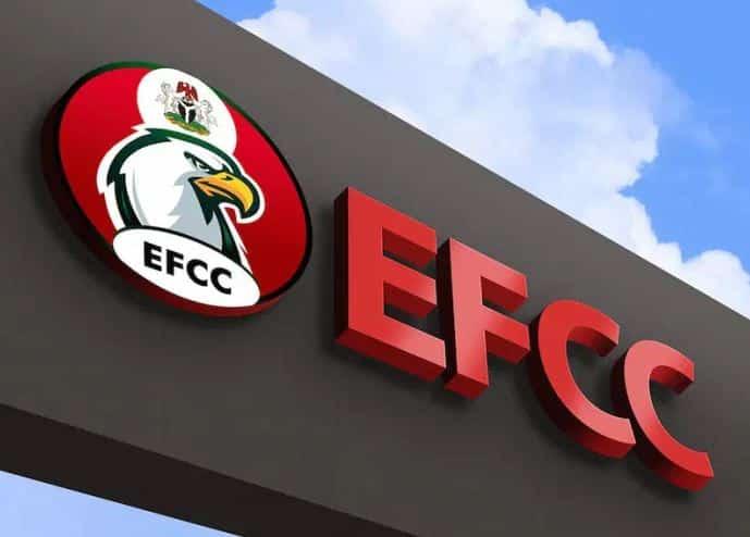 BREAKING: Former Governor Arrested By EFCC For Fraud